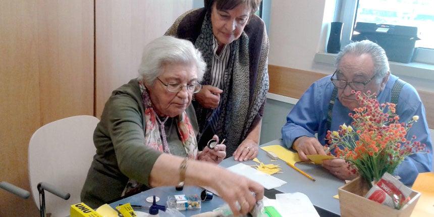 """Voluntariado sénior: """"Doce obrigação moral"""" de ajudar o outro"""