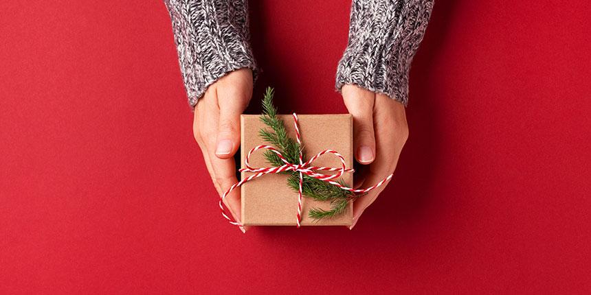 O subsídio de Natal, também conhecido por 13.º mês, é um direito dos trabalhadores por conta de outrem e tem um valor igual ao da retribuição mensal.