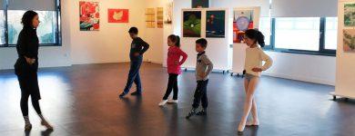 Mini bailarinos no atmosfera m Porto